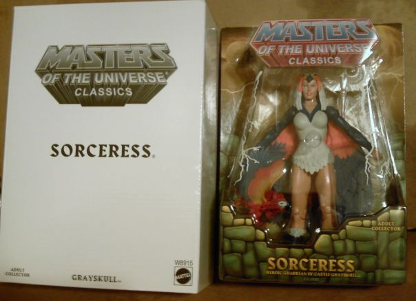 Sorceress carded and white mailer