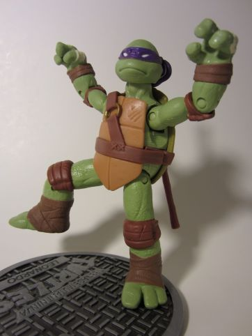 Donatello mantis pose