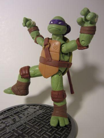 Donatello mantis pose