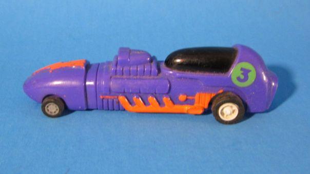 Purple pull-back PINGAS pen car